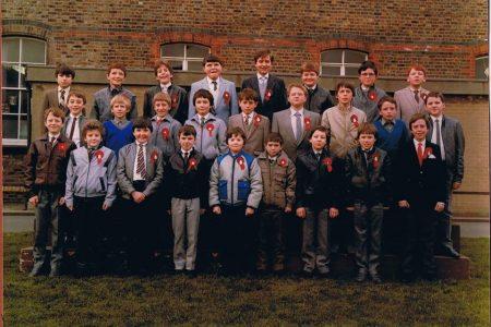 6th Class, 1985 (Teacher - Ms. Meehan)